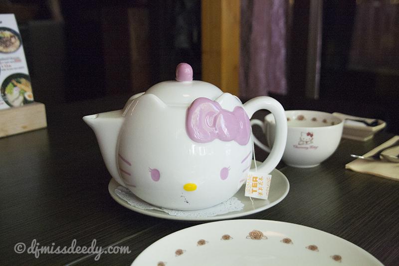Hello Kitty High Tea bij Set Café in Den Haag.