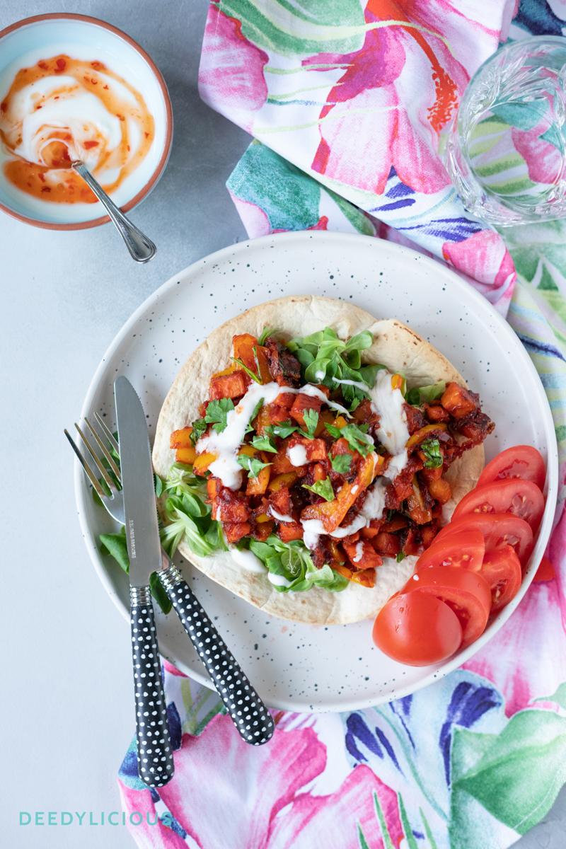 Vegetarische wrap met zoete aardappel en chiliyoghurt | www.deedylicious.nl
