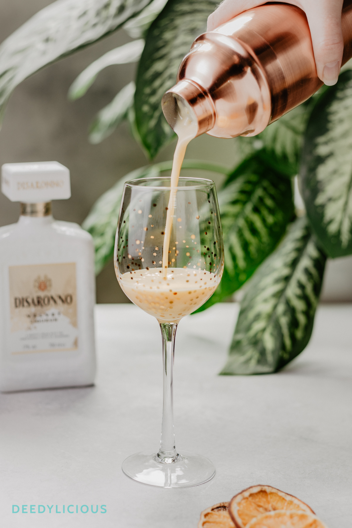 Disaronno Velvelt cocktail inschenken