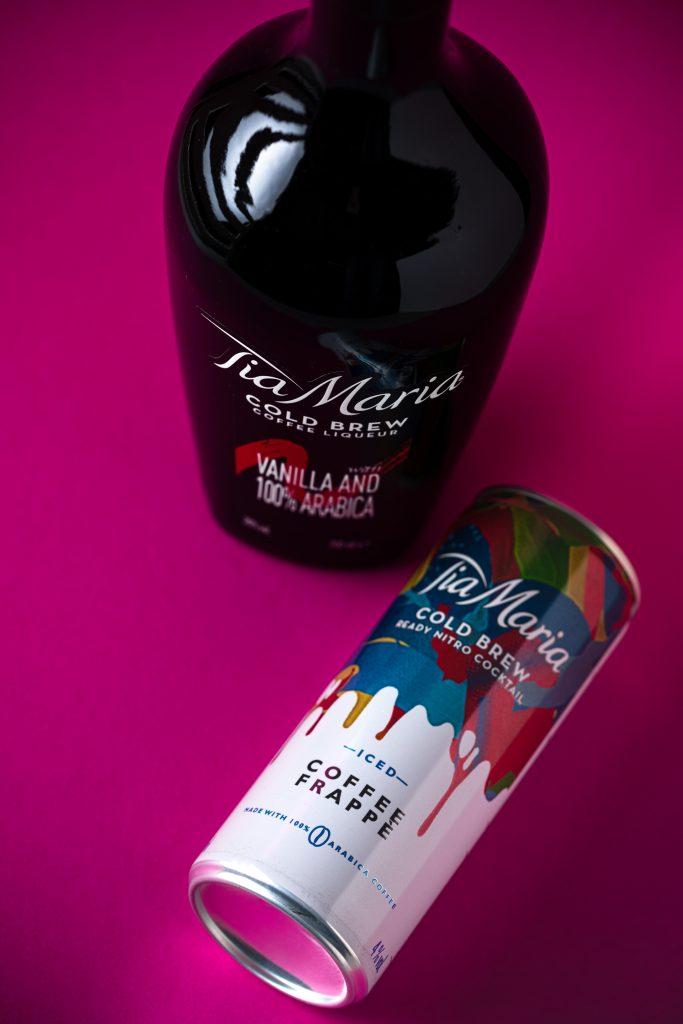 Tia Maria Coffee Frappe in blikje met de originele fles ernaast